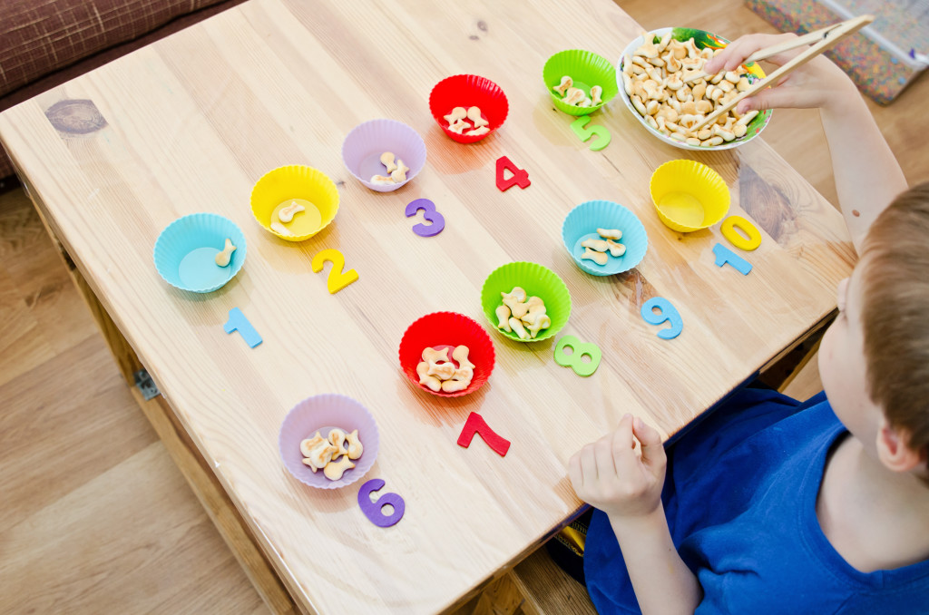 Home activities to enhance fine motor skills for Fine motor activities for adults